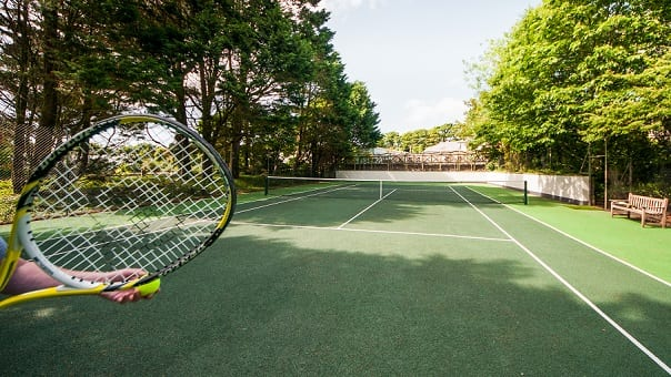 Family fun - tennis at Broomhill Manor